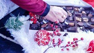 Eating chocolates 12 days before Christmas🧸🌰🍫 . . . . . . #clozette #chocolatebox #chocolate #12daysofchristmas #christmas2019 #holidays2019