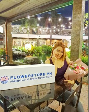 Like flowers, we can also choose to bloom 💐✨⠀ ⠀ I have a special delivery from @flowerstore.ph and this made me smile 🥰⠀ ⠀ What made you smile today? ⠀ ⠀ Visit FLOWERSTORE.PH , the #1 flower delivery in the Philippines. Delivers fresh flower bouquets with free same day delivery. ⠀ ⠀ 🌹Use my code: AYESHAHEART to get discount. ⠀ #flowerstoreph #AyeshaHeart #lifestyle #clozette #phinfluencers #flowers #bouquet #redroses #pinkflowers #roses #model #smile #beautyblogger #flowerphotography #flowers