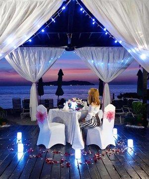 @shangrilatah proves that romance is well and truly alive. The most beautiful resort 💜 . . . . . @shangrilahotels #viviyunnxmalaysia#viviyunntravels#shangrilatah#shangrila#malaysia#sabah#kotakinabalu#travel#fashion#hkblogger#fashionblogger#sheisnotlost#thatsdarling#hkig#travelblogger#dametraveler#clozette
