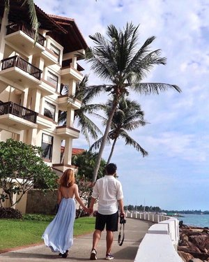 and here we demonstrate the pseudo-walk 🚶♀️🚶#instagramtripod @suteraofficial . . . . . #viviyunnxmalaysia#viviyunntravels#malaysia#sabah#kotakinabalu#travel#fashion#hkblogger#fashionblogger#sheisnotlost#thatsdarling#hkig#travelblogger#dametraveler#clozette