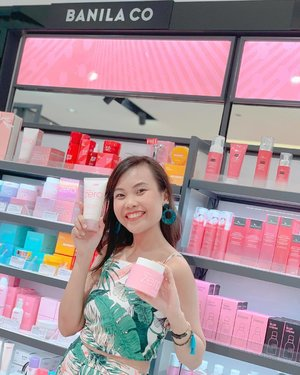 Pampering my skin with all of these k-beauty products! 🥰 Love how conveniently I can shop at @watsonsph because all of my fave brands are there! My goal to have #ClearSkin2019 will surely be a breeze 💖 #HappyNewYou #LookGoodFeelGreatWithWatsons 📷 @nj.bay