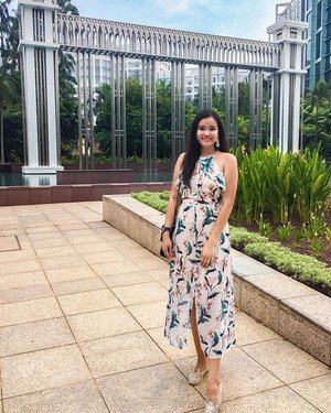 Starting to spin-off of celebrations for the month. ❤️ May the weather be good to me this month.  #danetelle #hvvootd #hvvmoments #clozette #luv🧚♀️life