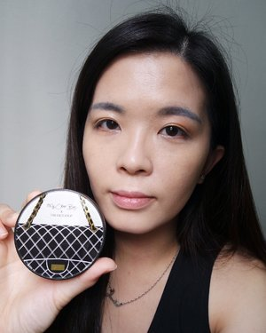 Love the My Other Bag x The Face Shop CC Cushion from @thefaceshopmalaysia. It gives good coverage on my skin making my skin look flawless and more radiant. ❤️ Anyway stay tuned to my blog @ janiceyeap.blogspot.com for full review. #beautyreview #makeupjunkie #thefaceshop #clozette #beautyaddict