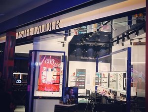Congratulations Estée Lauder Malaysia on their first in the world concept store in Sunway Pyramid! ❤️ #esteelaudermy #esteelaudermalaysia #beautyplayground #ClozetteAmbassador #Clozette #throwback #beautyblogger