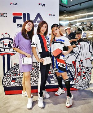 My craze & love for @fila_sg continues! 😍🤩 Stoked to be dressed head to toe in #FILA for their official store opening at @jewelchangiairport, made complete with @chungkayanlinda's lovely presence. Congrats once again my #FILASG fam! ♥️🥳 Swipe to see more of my full outfit and camera 📸 action with fellow FILA fans 💕🤣🙆🏻♀️ #GrandOpeningEvent #FILAFUSION #FILAKIDS #JewelChangiAirport