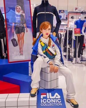 "🎉 F I L A / GIVEAWAY💥  Thrilled to style this outfit myself at the spanking new @fila_sg at JEWEL, Changi Airport! JEWEL's FILA store features their sub brand, FILA FUSION, which incorporates vintage and on trend elements, bringing street-wear to a whole new level. The very 1st FILA Kids also landed in Singapore, so you gotta check that out! ❤️ Now, follow the below steps to win a $30 FILA shopping voucher to spend at the new FILA stores! I will be choosing 5 winners!  1.	Follow me and @fila_sg 2.	Like this post 3.	Answer the question ""Which floors are FILA and FILA KIDS located, at Jewel Changi Airport?"" x 4.  Tag as many friends as you want for higher chances of winning!! . Giveaway ends 19 Apr! 🤩 GO, Filaaaa!  #FILAJewel #FILASG #FILAFUSION #FILAKIDS #FILA"
