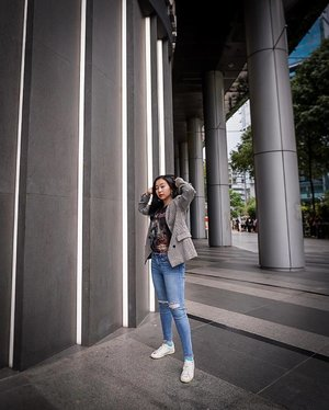 """The authentic self is the soul made visible."" — Sarah Ban Breathnach ✨ . . . . #ootd #clozette #coordinatesoffrisbee #lookbook #lookbooksg #igers #igsg #sgblogger #fashionblogger 📷: @lklenswork"