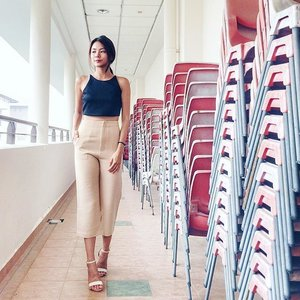Loving the high rise on this pair of culottes and how it provides a seamless silhoutte when worn 😊 one of my first nude colored clothing, so glad I set my eyes on this from @faev.co 😍 Quote xinlinxfaev10 for 10% off your purchases until 13oct! #clozette