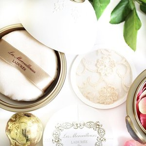 #YeenBeaute #LesMerveilleusesLaduree #Instagram #Clozette In fact, their face loose powder is a love too!  #Blogger #Blog #Beauty #Laduree #LadureeHK #Powder