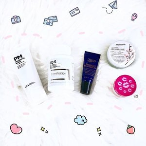 It's time for Skincare Saturday once again! ✨ Need some 🆘 products for an upcoming important event? Here are some products that I've been using which worked really well for me! 🤗 * 🌸 @idsskincare Probiotic Mask & Derm Probiotic - When used in combination, these two products help to clear up any excess sebum and dirt on my skin such that it leaves a smooth and soft canvas for my makeup to be easily absorbed. * 🌸 @kiehls Midnight Eye Recovery - This is my go-to product to prevent myself from waking up with puffy eyes especially when I didn't have enough sleep the night before! * 🌸 @mamondesingapore Aqua Peel Lip Sleeping Mask - To be used overnight, this helps me to prep for a soft and hydrated lips ahead for the next day! * 🌸 @tartecosmetics Pout Prep Lip Exfoliant - I use this to prep, soften and brighten up my lips for a smooth application of my lip product. * What are your beauty secrets? ☺️ ~~~ #makeup #beauty #skincare #skincarecommunity #kbeauty #mamonde #vegan #crueltyfree #skincareblogger #skincareaddict #clearskin #skincarejunkie #abskincare #skincarereview #skincaregoals #skincareroutine #beautylover #tartecosmetics #igsg #sgbeauty #clozette #beautiful #instagood #instabeauty #discoverunder100k #beautyjunkie #beautyaddict #beautygram #kiehls #skincaretips