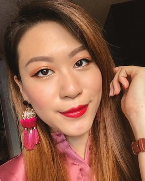 """""""A woman on a mission has no time for competition."""" Let's all empower each other to be confident, gorgeous women! . Makeup details: - @guerlainsg L'Essentiel Foundation  - @shuuemura Hard 9 Eyebrow Pencil  - @PixiBeauty Eye Reflections Palette  - @urbandecaycosmetics Vice Lipstick  - @benefitcosmeticssg Roller Liner  - @toofaced Better Than Sex Waterproof Mascara - @hourglasscosmetics Ambient Lighting Edit  - yes I still love this palette very much! . Whenever I wear a red lip, I feel powerful. What about you? #lookoftheday #makeupoftheday #guerlain #guerlainsg #shuuemura #shuuemurasg #pixibeauty #pixibeautysg #UDSingapore #urbandecay #benefitsg #benefitcosmetics #toofaced #hourglasscosmetics #discoverunder100k #clozette"""