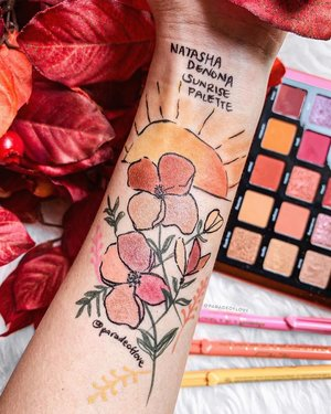 Sun's up, rise and shine! ☀️ #ParadeofSwatches with the @natashadenonamakeup Sunrise Eye Shadow Palette - one of my favourite palettes right now! Swipe to see the matte/satin/shimmer finishes in this one! ❤️ . #Swatchart #natashadenona #natashadenonasunrisepalette #clozette #beautylish