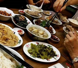 A sumptuous meaty spread of Bak Kut Teh and its sidekicks at Song Fa #BakKutTeh, #chinatownpoint. Someone is so famished he can't wait for me to snap a photo. Generous large pieces of pork ribs (3 pieces per pax) that are lean and tender soft.  The staff came automatically to refill the soup several times during the meal - good job! Will definitely visit again.#foodforfoodies#sgfood #foodphotography #mybeautycravings #clozette #foodspotting #foodstagram #foodshare #food ##foodporn