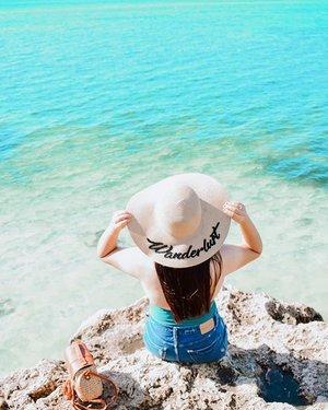 My agenda this summer: ✅Sun ✅Sea ✅Sand . . . . . . . #clozette #bloggerbandfam #beachbabes #thatsdarling #feelingtropical #swimsuitseason #springsummer2019 #beachbodyready #paradisebeach #herbalife #beachoutfit #sugboph #itsmorefuninphilippines #thatsdarlingmovement #thatsdarlingweekend #bantayanisland #bantayanislandcebu #beachparadise #cebuisland #travelgirls #wheretofindme #travelbabes #nikonasia #bloggersofinstagram #bloggerstyles