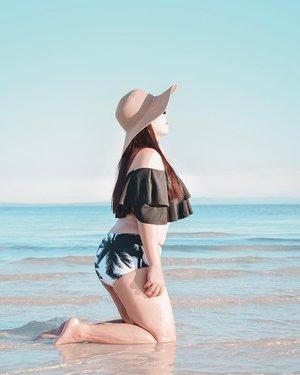 BRB, Quitting Everything To Be A Mermaid!🌊🌴 #Clozette #SugboPh . . . . . . . . . #bantayanisland #cebu #cebuphilippines #itsmorefuninphilippines #springsummer2019 #beachbabes #swimsuitph #bikinibabe #philippinestravel #travelstoriesph #globetrotting #thatsdarlingmovement #travelblogging #islandgirls #pinayblogger #bloggerbandfam #fashionblogging #ootdpost #swimwearfashion #dametravel #wheretofindme #teacherstyle #wearetravelgirls #asiatravel #summer2019