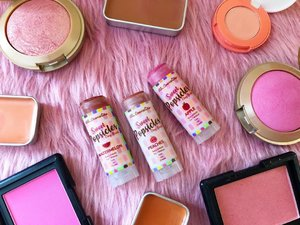 A #Natural made Sweet Popsicles Clay Blushes by @AbiCosmeticsPH !!!The @abicosmeticsph Clay Blushes are my Holy Grail Clay Blushes because they are very pigmented but really easy to  blend and it gives off a very natural healthy flushed look on the cheeks with a stunning radiance of glow...It also didn't emphasize my pores or cling onto dry patches or cause any irritation to my cheeks and did not clog my pores!!! Note that I had been using the blushes everyday since 3months ago yet I haven't finished any of the clay blushes yet( A super sulit buy! since a little goes a long way!)💘 See next post for swatches💋💋💋 Available at  @SissyShoppe or @AbiCosmeticsPH 🌸🌸🌸🌸🌸