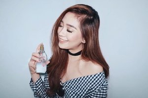 ✨ Tommy Hilfiger Giveaway ✨ My goal this 2017 is to be more adventurous, to take risks, and to have the courage to try the things I'm afraid to do because that's how #TheGirl should be. 💗 Head on over to www.chinchinobcena.com and read more about it. Also, I'm giving away a bottle of this @tommyhilfiger x Gigi Hadid The Girl perfume in the blog post! 🤗 #TommyXGigi #Clozette @tommyhilfiger @ClozetteCo