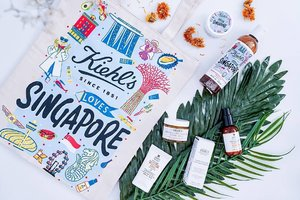 Snippets of Kiehl's for a future Made Better pop up event at ION B4 which is ending today at 10pm. You can even exchange for a succulent with any empty Kiehl's product container. Don't forget to drop by to experience the magic of @kiehlssg products,  exclusive treats and more! Oh yes, the tote bag is also exclusively available at the event! For the full version of the video, please visit https://youtu.be/KIbivw6ROkI . . #kiehlssg #kiehlsmadebetter #hannahsbeautystash #sgbeauty  #clozette #beautydiary #beautyessentials #beautyflatlay #beautyfreak #beautytalk#beautygram #beautyblogs #beautysg #beautystuff #beautyaddict #beautycare #beautychat #beautydiaries #beautymania #beautycommunity #flatlay #flatlays #flatlaystyle #flatlaynation #flatlaytoday #flatlaysquad #flatlaytips #flatlayforever
