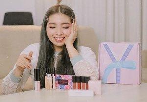 Udah pada tau nggak kalo lagi nyari & mau beli makeup Korea itu di @altheakorea ? . Nah, Althea Korea sekarang udah ngeluarin produk makeup mereka sendiri & berkolaborasi dengan @bclsinclair juga! Aku seneng banget akhirnya bisa nyobain produknya, walaupun semua produknya made in Korea, harganya tetep terjangkau kok. . Nah, review & tutorial makeupnya udah ada di youtube aku (link on bio) ✨ . . . . #clozette #clozetteID #altheaxclozetteidreview #altheakorea #altheaindonesia  #clozetteidreview