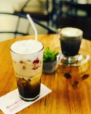 ~~Great friendship is rare, similarly, an awesome cup of ice coffee, it's all about the quality! Brewing beautiful friendship here today, thanks @doichaangmalaysia for your exquisite signature #doichaang ice coffee. The day can't get any better than this 😘😉😍~~
