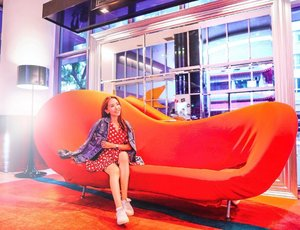 When it is time to chill, what do you do?  For those who like staycations, use promo code 'Elaine20' to enjoy 20% OFF for the entire ala carta food menu and FREE breakfast and FREE upgrade when you book your accommodation with ibis Singapore on Bencoolen.  When you are there, do visit TASTE restaurant at @ibisBencoolenSG to try out their all-new items in its refreshedà la carte menu!  New dishes such as Dim Sum Combo, Chicken Pesto Penne, Grilled Chicken Thigh with Mango Salsa, Grilled Fish with Cilantro Lime Dressing, Sirloin Steak with Herbs Dressing, XO Fried Brown Rice, Indian Vegetarian Set, Seafood Hor Fun and more are available.  TASTE Restaurant's à la carte menu is available daily from 12.00pm to 10.00pm. . . . . 📷 by @ivannavich . . . . . . #ibisBencoolenSG #FriendsOfibisBencoolen #foodporn #localfood #drinks #lifestyleblog #fashionblogger #travelblogger #hotel #fashionista #ootd #travelgram #writetotravel #instatravelling #instavacation #travelblogger #instapassport #postcardsfromtheworld #trip #traveltheworld #igtravel #getaway #travelblog #travelpics #tourist #wanderer #wanderlust #travelphoto  #mselaineheng #clozette