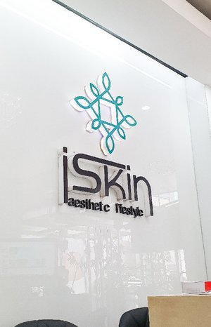 Hi guys! You are about to watch my whole experience trying @iskinaestheticlifestyle's Rejuvenating Facial Spa with Diamond Peel and Ultrasonic Facial Contour. Their clinic is very clean and the staff are really accommodating. I was relaxed during the procedures and really felt pampered in the end. Their service is really commendable. 💙  Thank you very much #iskinaestheticlifestyle! Enjoy watching everyone! 😘