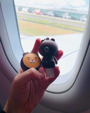 Flying off to Jakarta for the lunar new year long weekend, and these little cuties are coming with me! . . . , . #thefaceshop #nivea #lipbalm #ryan #linebear #makeupblog #beautyblogger #beautyblog #kbeauty #discoverunder10k #discoverunder1k #igsg #clozette #뷰티블로거 #뷰티그램 #kbeautyaddict #k뷰티 #한국화장품  #뷰티방송 #k뷰티 #메이크업 #더페이스샵