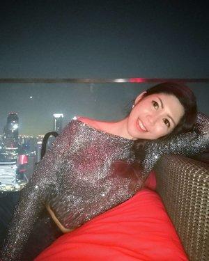 Smile more than you cry, give more than you take and love more than you hate.  #AsiaOneMostPromisingPersonality2018 #MrsChinatownInternationalAllNation2018 #MrsBeautifulSkin2018 #MrsChinatownSingapore2018 #celestiafaithchong  #beautydeconcierge #beautyconcierge #aesthetic #cosmeticsurgery #plasticsurgery #imageconsultant #marketer  #clozette #starclozetter