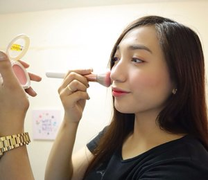 I really love my @carelineph Oil Control Blush-On in the shade Rosy Cheek, so perfect for my everyday fresh look for just P95 💕 They also have 7 shades, that is perfect for every skin tone. #everydayglow #naturallook  Follow me! Youtube: http://m.youtube.com/channel/UCXIaCvcQr61uTwx4-Wdu-Q Facebook: http://www.facebook.com/danica.isip.35 Twitter: http://twitter.com/danicacalangi Instagram: http://instagram.com/calangidanica  #vloggerph #vloggerphilippines  #youtuberph #youtuberphilippines #beautyvloggerph #beautyvloggerphilippines #mommyvlogger #mommyvloggerph #mommyvloggerphilippines #lifestyleph #lifestylephilippines #motherhoodph #mommyblogger  #mommybloggerph #motherhoodphilippines #CLOZETTE #clozette #clozetteph #clozette #clozetter #clozetterph #clozetteco #clozetterphilippines #clozettecoph #clozettecophilippines  #bloggerph #bloggerphilippines