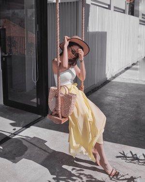 Perfect outfit for my Bali trip 💛 • Skirt: @m2week . . . . . . . . . . . . . . . . . . . . . . . . . . . . . . . . . . . #mytravelguide #balivacation #southeastasia #travelblogger #bucketlist #traveltheworld #traveladdict  #travelblog  #exploringtheglobe #balitrip #balivibes #fashion #fashionstyle #fashionist  #fashioninspo  #fashionblogger  #fashionpic #fujifilm #balistyle #balilove #infobali #ilovebali #longskirt #m2week #koreanstyle #lloydsinnbali #llyodsinnbali #llyodsinn #lloydsinnexplores #clozette