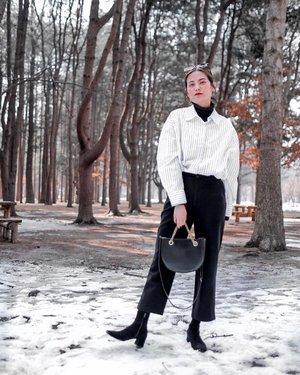Bring me back to this beautiful place.  Princess of Korea for a day 👸🏻 . . . . . . . . . . . . . . . . . . . . . . . #namiislandwintersonata #namiisland #namiislandkorea #outfits #outfit #koreatrip #korea🇰🇷 #koreatravel #fashionblogger  #fashionpic #clozette #korea #koreangirl #koreanfashion #winteroutfit #winter #winterfashion #winterstyle #wintervibes #winter❄️ #wintercollection #ootdwinter #ootdfash #ootdsubmit #girlslovetravel #wintersonata