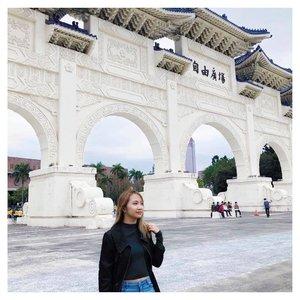 Live your life by a compass not a clock 😊⠀⠀⠀⠀⠀⠀⠀⠀⠀⠀⠀⠀⠀⠀⠀⠀⠀⠀⠀⠀⠀⠀⠀⠀⠀⠀⠀⠀⠀⠀⠀⠀⠀⠀ 📸 @prilaloovega ⠀⠀⠀⠀⠀⠀⠀⠀⠀⠀⠀⠀⠀⠀⠀⠀⠀⠀⠀⠀⠀⠀⠀⠀ ⠀⠀⠀ ⠀  #Clozette #igdaily #vscocam #vsco #vscoph #instadaily #instagram #blog #blogph #love #Travel #love #WhenInTaiwan #taiwan #chiangkaishek #wander #wanderlust