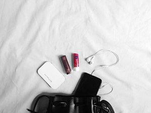 Essentials.. 👝 #clozette