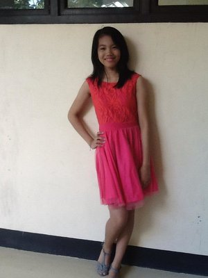 pink simple dress (that's my friend)