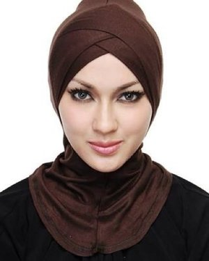 Go for brown? Double cross under scarf