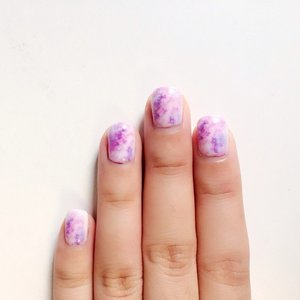 What's so different about this #manicure??? They are printed on! Yup, @yourhighnessnail has an interesting device that prints out nail patterns and intricate nail designs😮 #nailaddict #nailprinting #clozette