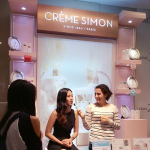 Missed me yesterday during @Cremesimon Brightening Workshop at Raffles City's Robinson? Don't fret~ Find me at #cremesimon counter again this coming Friday! #skincare #beautyblogger #sgblog #clozette