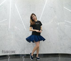 #throwback Dressed down Friday's #ootd: My #Libra tee from #Taiwan x Greta Denim Fluted Skirt from #lovebonito #lbootd 🔵 Looking like a secondary school girl in this outfit 😅 #joannelummzootd #igsg #sgig #potd #lotd #clozette #stylexstyle #latergram #getfash