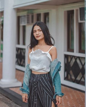 midterms on my mind 😝 📷 blogger jowa applicant #clozette
