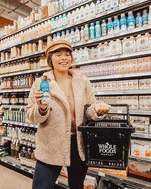 """This holiday season got me on survival mode! Between Black Friday, planning my first trip out of state, Christmas prep and not knowing where I'm going to be spending NYE 🤷🏻♀️ it's handy to have a quick gulp from @drinkiconic shake to satisfy my stomach + it's low in sugar and high in protein — jackpot! We all know the struggle to find a satisfying protein shake that is low in sugar, fat and the """"bad stuff"""", but still tastes great. That's why I love Iconic.  Iconic protein shakes have a variety of flavors to choose from — Vanilla Bean, Cafe Latte, Cacao + Greens, Turmeric Ginger and Chocolate Truffle. Vanilla Bean and Caffe Latte are my top two faves! #DrinkIconic #IconicProtein  But you shouldn't just take my word for it, go treat yo' self and try it out while #BlackFriday sales are still happening! Use the code """"ICONICBF"""" to get a 20% OFF when you check out! Happy shopping!  Available in any @wholefoods near you 💚 #MakeMeWhole . . . . . . . . . . . . . . . (📸 : @gelabello) #365GoesToCalifornia #365Travels #Clozette  #California #WestCoast #SoCal #SoCalBlogger #SoCalBloggerBabes #SHEIN #SHEINstyle #SHEINus #SHEINofficial #SHEINgals #NomadBabes"""