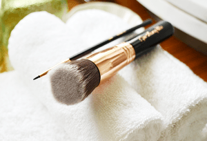 Hello! Are you up for a discount on the Sigma Copper Kit brushes or any other items on Luxola? Check out my blog entry for your exclusive 20% off code (valid till 31st Oct)! http://bit.ly/1swjH16xoxo,Roxanne