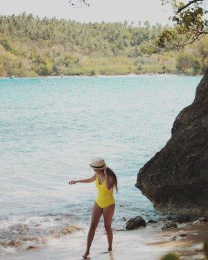 I want to be wild, beautiful and free. Just like the sea 🌊. . @clozetteco  @saansaph  #clozette #saansaph