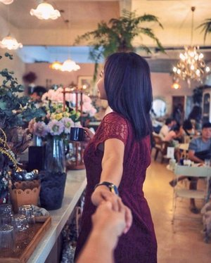 Chanced upon this really beautifully decorated cafe with amazing food in the east and I thought why not spend my day dining in as well as capturing shots? Not to mention, I have my HSBC Advanced Credit Card which offers up to 3.5% cashback on all local and overseas purchases with no minimum spend required. So much savings whilst doing the things I enjoy the most. More cash back, means more savings! At the same time, I get to explore and dine in at different unique cafe concepts all around the world! 😚  Wherever your go, whatever you do, there's a HSBC Credit Card for you. Find out more at hsbc.com.sg/hsbcadv 📷 @blackivory  #HSBCAdvance  #HSBCBringMeAlong  #CashBackOnAllPurchases #SP