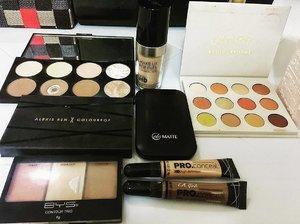 MOTD 💄💋 #clozettedaily #clozette #wakeupandmakeup #beautygram #motd #colourpopfun #colourpop #makeupforeverhd #makeuprevolution #bys #lagirlproconcealer #everbillena #makeupmafia #inssta_makeup #thatglow
