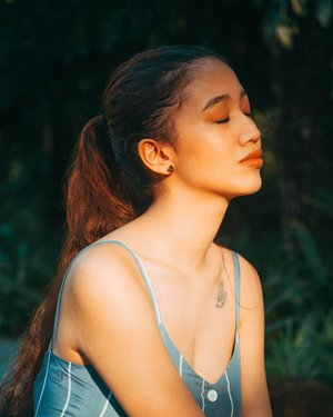 Sometimes you just need to close your eyes and take it all in ❤️😊. Photo by @rovinadinapo Wearing @melbernco :) . . . . #clozette #ModelsPh #commercialmodelsph #influencerPh #portraitphotography #fashionblogger #fashionista #likeforlike #followme #stylefeedph #pilipinasootd #ootd #igersmanila #ootdph #marlinacarlos #lookbook #ootdmagazine #follow4follow  #photography #bloggerbandfam #thecreatorclass #makeupph #THTFModels