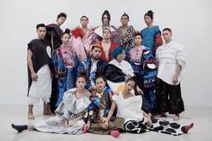 The Class of @_ha.mu_  as seen on Fuzz Magazine  Featuring the designs and Art of Abraham Guardian and Mamuro Oki  Photographed by Wilmark Jolindon  Work with Me! Contact 09155911920 for Model Bookings and Inquiries  #ModelsPh #fashion #art #filipinomodels  #editorialmodelsph #photography #MarlinaCarlos