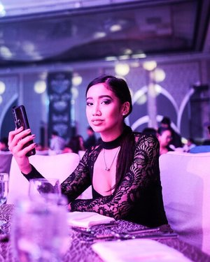 Positively in love with the new Vivo V15. 💙 as someone who takes a LOT of photos, I'm so glad that the V15 has 8GB ram and 128GB storage to keep up with my smartphone needs!! ☺️ #LevelUpToVivo15 @vivo_philippines