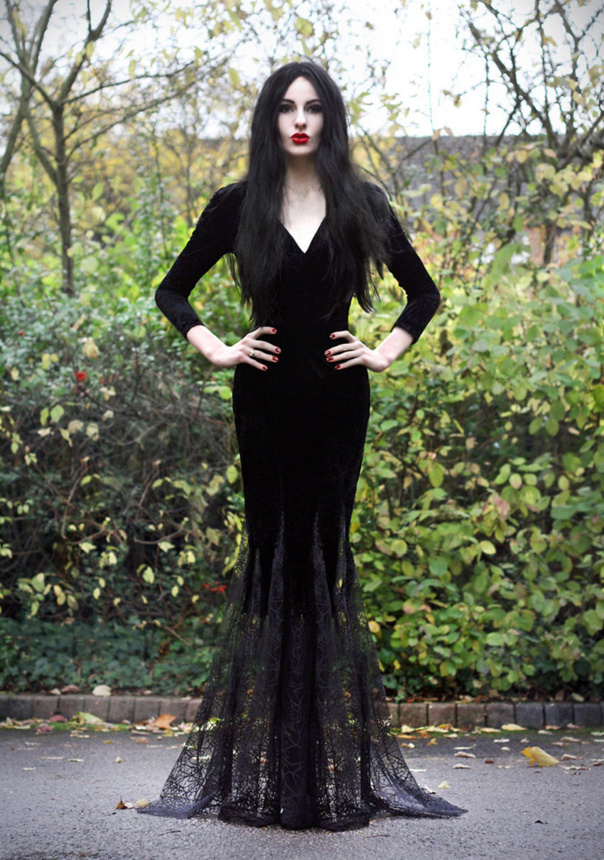 A Morticia Addams look by Olivia Emily. Check her out on LOOKBOOK here: http://lookbook.nu/look/4193351-Diy-Fishtail-Velvet-And-Lace-Dres-Ebay-Wig