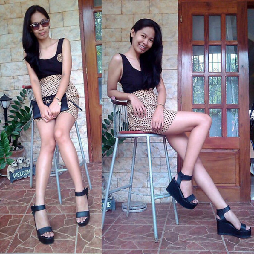 I got my black platform shoes from a thrift shop for only PHP150