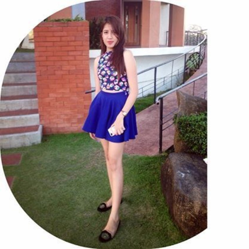 floral on blue .. #skirt for today's #OOTD
